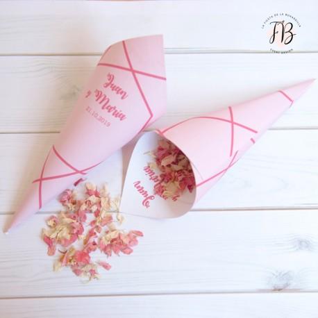 conos personalizados boda modelo geométrico rosa